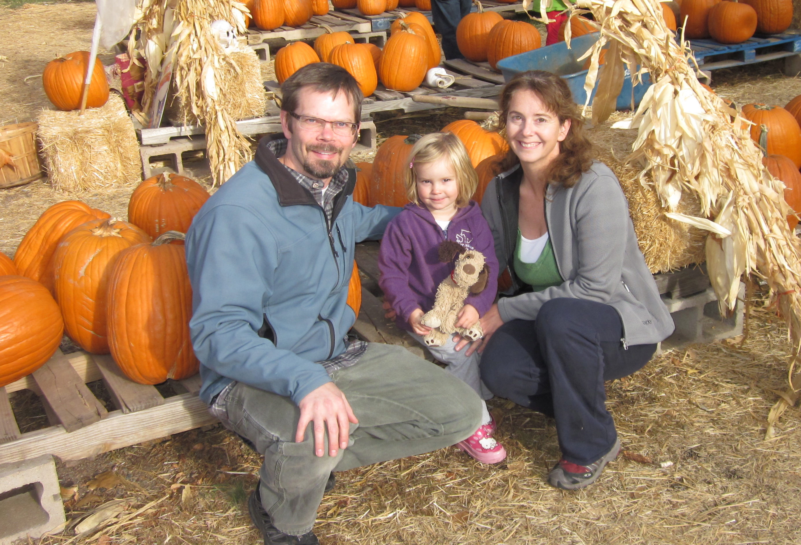 4-jason-sophie-and-cristie-at-the-pumpkin-patch-jpg
